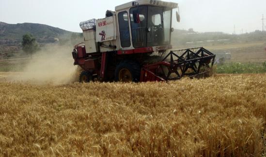 三夏大忙遇上安全生产月,山东省这样提示广大农机手
